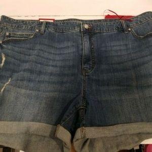 Jennifer Lopez Size 22W distressed Jean Shorts -